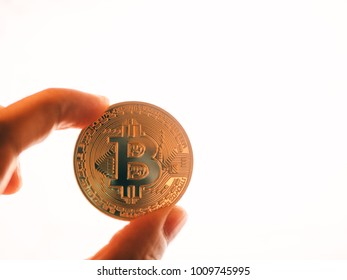 bitcoin cryptocurrency blockchain
