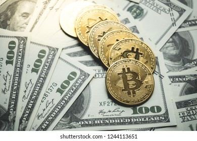 Bitcoin gold coin (cryptocurrency) on us dollar - can use for financial and business background