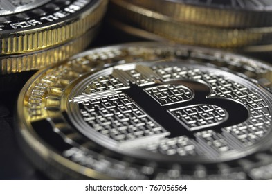 Bitcoin physical coin of virtual currency
