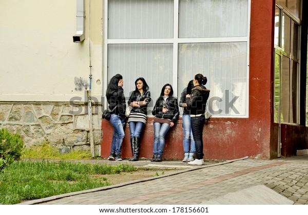 Teen girls in Bitola
