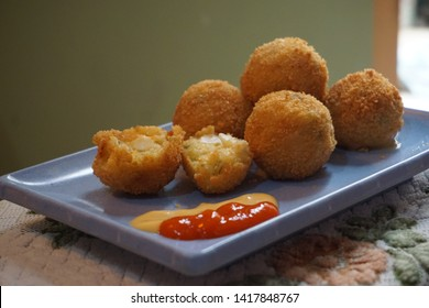 bitterballen a delisious snack from holland