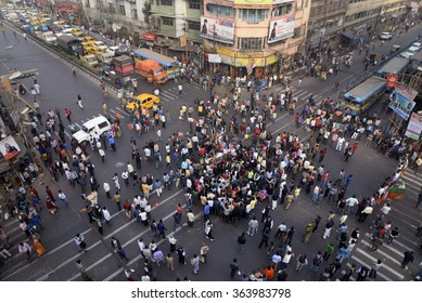 BJP Yuva Morcha or Youth Wing organized a road block program to protest against communal violence at Kaliachowk incident on January 06, 2015 in Calcutta, India.