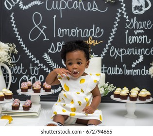 black baby cake smash