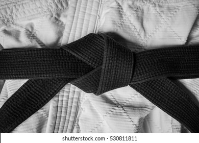 Black Belt Knot