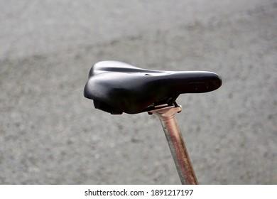 black bicycle seat, mode of transport