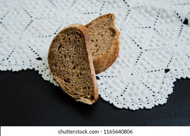black bread on knitted tablecloth