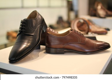 Black and brown leather male corporate work style shoe boots fashion style for men
