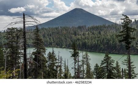 Suttle Lake Oregon Images, Stock Photos & Vectors | Shutterstock