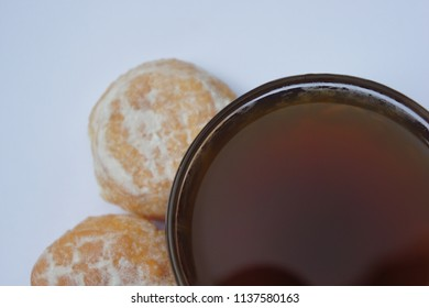 Black coffee with baked bread