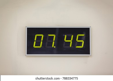 45 Minutes Images, Stock Photos & Vectors | Shutterstock