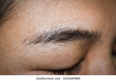 Black eyebrows are not beautifully decorated and She ever  been eyebrows tattoo for beauty  have long.