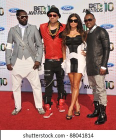 """Black Eyed Peas - Will.I.Am, Stacy """"Fergie"""" Ferguson, Taboo & Apl.de.Ap, at the 2010 BET Awards at the Shrine Auditorium, Los Angeles. June 27, 2010  Los Angeles, CA Picture: Paul Smith / Featureflash"""