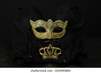 Black Girdle with golden mask and crown