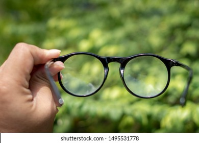 Black glasses uv protection sunglasses  for short or long sight hand, Concept