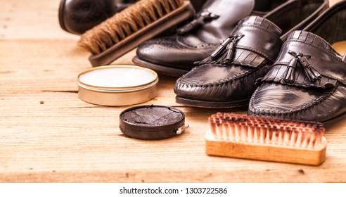 Black leather shoes maintenance set