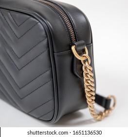 black leather shoulder bag - Image