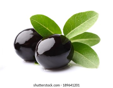 Black olives with leaves