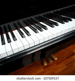 black piano.