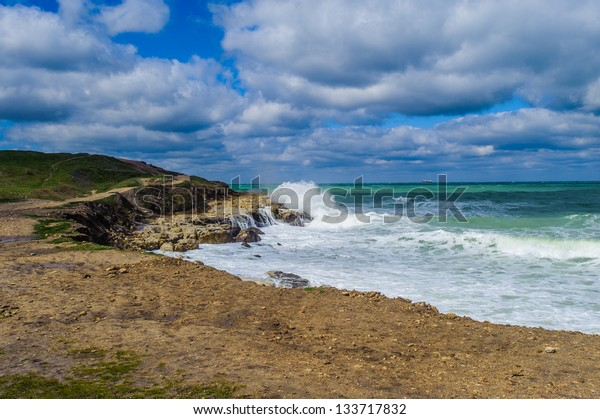 Black sea landscape, Important cities along the coast include Batumi, Burgas,  Giresun, Hopa, Kerch, Mangalia, Odessa, Ordu, Poti, Rize, Samsun, Sevastopol, Sochi, Sukhumi, Trabzon, Varna, Yalta
