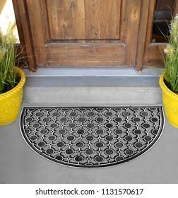 Black Silver Semi-Circle Round Rubber Doormat