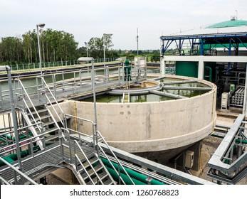 Black sludge disposal from clarify tank in power plant.