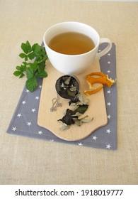 Black tea from fermented blackberry leaves and dried orange peel