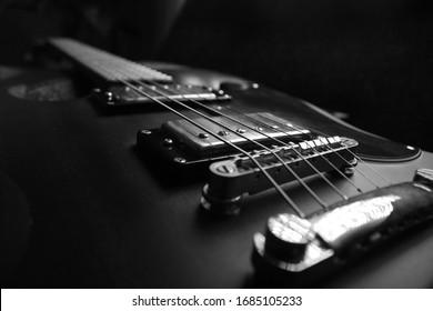 Black and white guitar Epiphone SG G500 Worn
