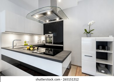 Black and white kitchen modern interior design house architecture