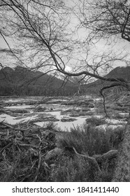 Black and White Laguna Esmeralda Tracking, Ushuaia Patagônia Argentina