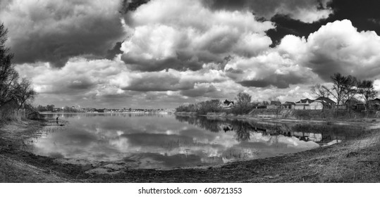 Black and white landscape on the river bank, Black and white landscape screensaver