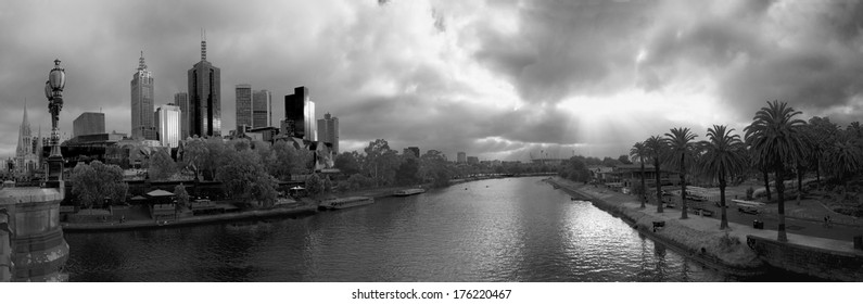 black and white panorama of melbourne on a summer morning