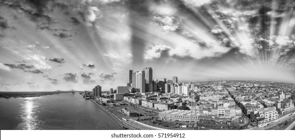 Black and white panoramic view of New Orleans, Louisiana.