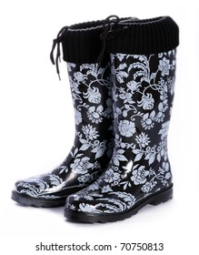 Black and white patterned rainboots