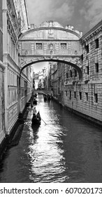 Black and white photo of Bridge of Sighs in Venice, Italy