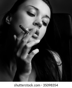 Black and white photo girl with cigarette