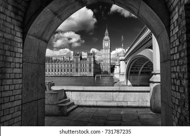 black and white picture of Big Ben framed by Westminster bridge