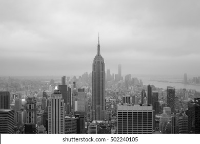 Black and white picture of midtown Manhattan
