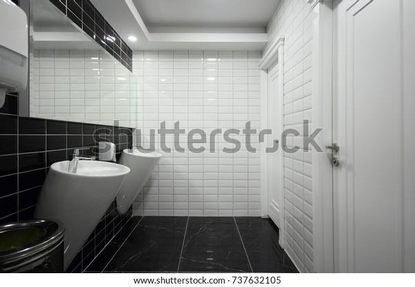 Bbw Fuck Public Bathroom
