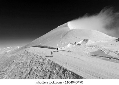 Black And White Swiss alps skii route