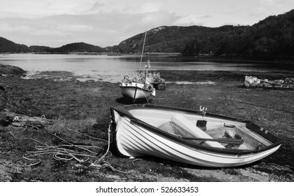 Black and White Thailand Beach, Boat on Beach, Holiday Destination, Nature Landscape