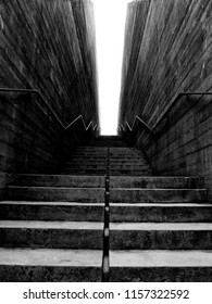 Black & white: Tiers / Staircase (Warsaw / Warszawa)