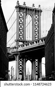 Black and white view of the Manhattan Bridge from DUMBO Brooklyn