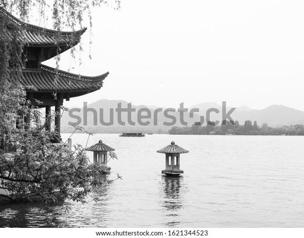 black-white-west-lake-hangzhou-600w-1621