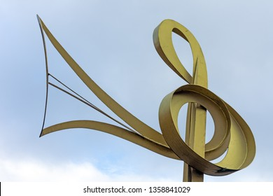Blackburn, Lancashire/England - 09.11.2018 - Sculpture of a music note finished with a gold effect