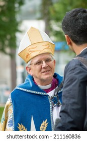 Blackburn, UK-October 19, 2013:The new Bishop of Blackburn speaks to a reporter after his inauguration.