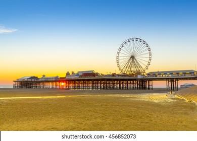 Blackpool Central Pier, Beach and Ferris Wheel at Sunset, Lancashire, England, UK