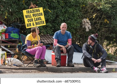 blackpool, england, 31/07/2017 Anti shale gas fracking protestors outside the cuadrilla fracking site at Preston New Road in Lancashire.Fracking is dangerous.