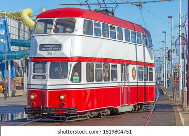 Blackpool,Lancashire/England - 28.09.2019 - Tram model 701 ballon double red & white livery turning on to pleasure beach loop