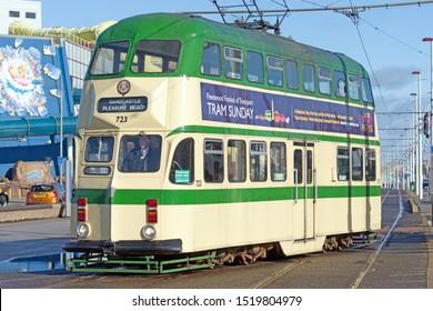 Blackpool,Lancashire/England - 28.09.2019 - Tram model 723 ballon double cream & green livery turning on to pleasure beach loop
