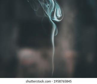 BAHíA BLANCA, ARGENTINA - Apr 15, 2020: Se trata de humo de un sahumerio en el cual se aprecian varias formas en ella
